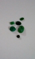 emerald-rough-1