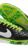 football-boots-13