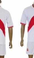football-jerseys-4_0