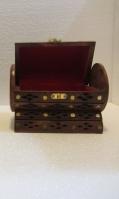 round-jewelry-box-1