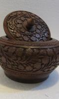 wooden-pots