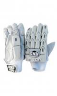 cricket-gloves-3