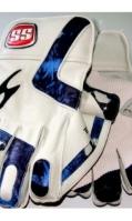 cricket-gloves