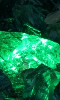 emerald-15