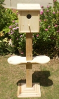 rectangular-bird-house-with-pedestal-2-feeder-holders
