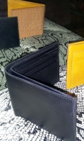 coloured-leather-wallets